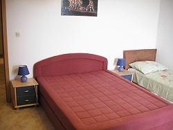 Beispiel Schlafzimmer mit Zustellbett